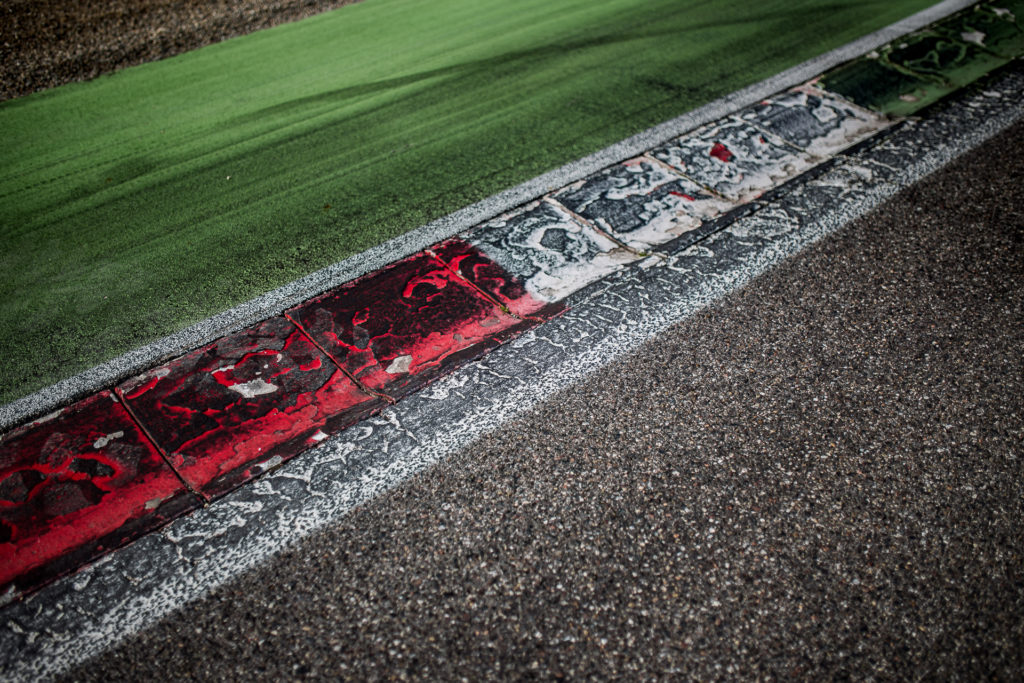 Colors of the Track // © marcellanger / www.adrenalmedia.com